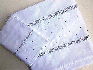Jogo de lençol com renda suiça