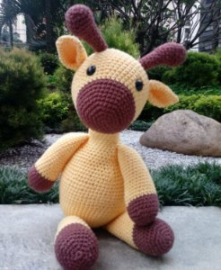 Girafa crochet amigurumi
