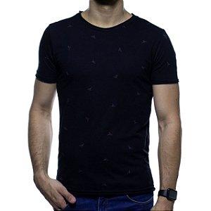 Camiseta Malha King e Joe Preta Detalhada