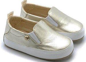 Tênis infantil Gambo slip-on em couro macio cristal ouro