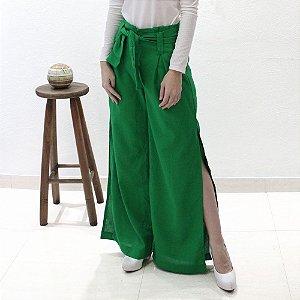 calça pantalona em linho verde bandeira