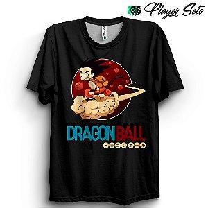 Camiseta Básica Dragon Ball Goku Nuvem
