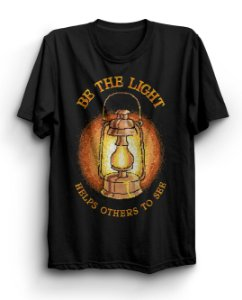 Camiseta Básica Be The Light