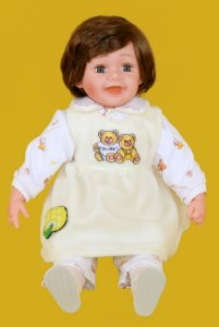 Boneca Importada Little Children 600 menina
