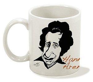 Caneca Série Pensadoras - Hannah Arendt