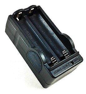 Carregador Duplo Para Bateria de Lanterna Tática 18650 3.7V a 4.2V