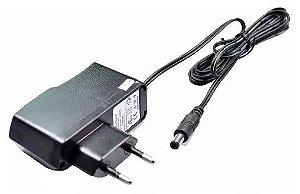 Carregador 8.4V Para Lanterna Tática de LED - Pino Fino