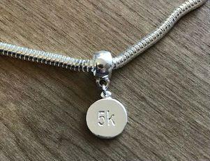 Berloque 5k em prata 925
