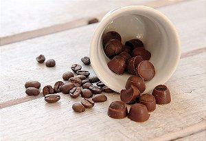Grãos de café cobertos de chocolate 70% cacau - a granel