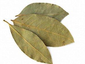 Louro em folhas a granel