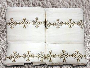 Jogo de toalha com aplique Percal 200 Fios Importado Bordado Liz – Enxovart