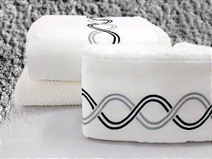 Jogo de toalha com aplique Percal 200 Fios Importado Bordado Infinito – Enxovart