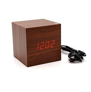 Relógio Digital Quadrado Marrom