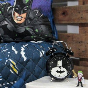 Relógio despertador com Led e som Batman