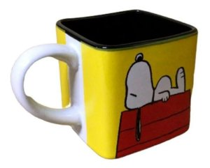 Caneca Turma Snoopy