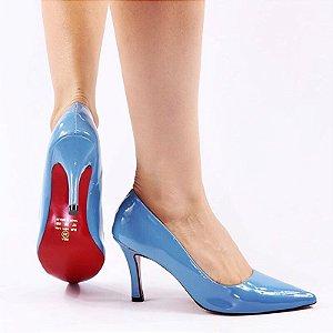Scarpin verniz azul denim