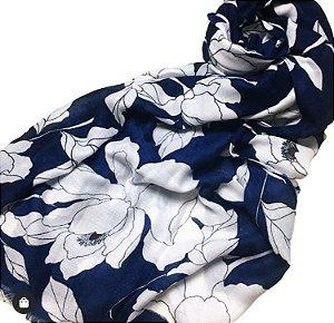 Echarpe indiana floral fundo azul marinho