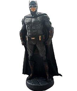 Colecionável DC Batman (Escala 1:10) Resina