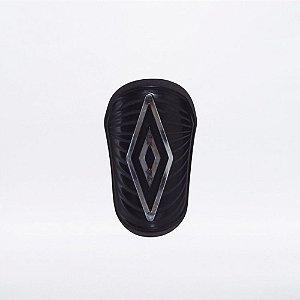 Caneleira Umbro Diamond