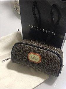 Victor Hugo - Necessaire