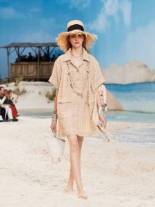 Chanel - Conjunto tunica + Shorts