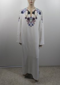 Valentino Garavani - Vestido longo crepe bordado