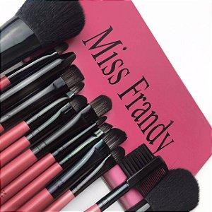 Kit 12 Pincéis de Maquiagem com Estojo Miss Frandy