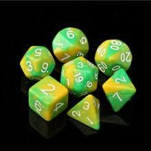 Kit de 7 Dados RPG- Verde e Amarelo mesclado
