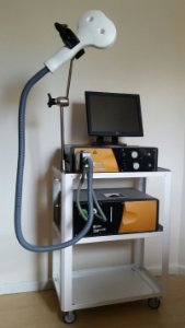 Sistema para Estimulação Magnética Transcraniana completo com refrigeração inclui também parte de ítem de  segurança para sala conforme resolução do CFM
