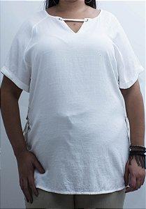Blusa Plus Size Decote V Cordão