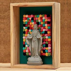 Nossa Senhora das Graças com Pompons Coloridos