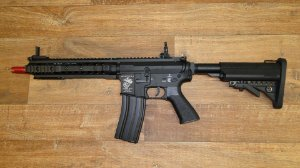 Rifle Airsoft M4 EVO SR16 URX3