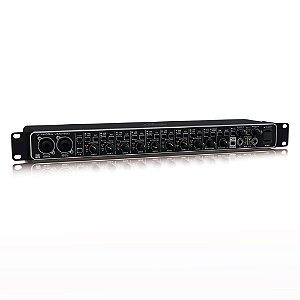 Interface de Áudio USB Behringer U-Phoria UMC1820 24-bit/96 kHz com pré Midas