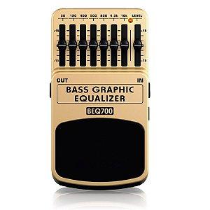 Pedal Equalizador para Contrabaixo Behringer BEQ700 Bass Graphic Equalizer