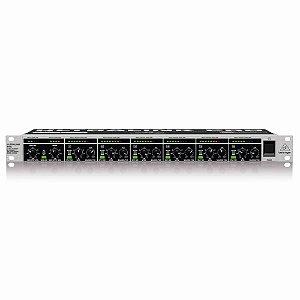 Mesa de Som Behringer Ultralink Pro MX882