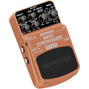 Pedal para contrabaixo Behringer BSY600 Bass Synthesizer