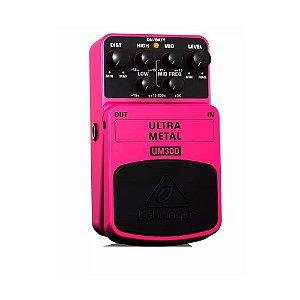 Pedal Distorção para Guitarra Behringer UM300