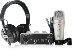 KIT Interface de Áudio para Estúdio Behringer U-Phoria Studio Interface USB UM2 Microfone C-1 e Headphone HPS5000