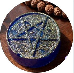 Orgonite pessoal estrela de 5 pontas - com cristal de quartzo