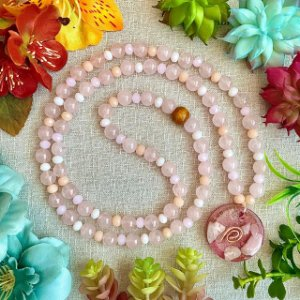 Colar de Quartzo Rosa com Orgonite de Opala Rosa - Cura emocional, amor, libertação de padrões emocionais