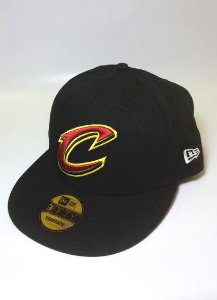 Boné New Era CAVS C Preto