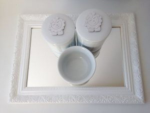 Kit Higiene Ovelhinha Tita com Bandeja