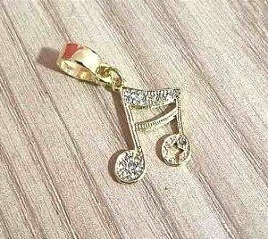 Pingente Berloque Nota Musical Letra Folheado Ouro