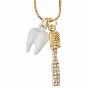 Gargantilha Colar Odontologia Dentista Dente Escova Folheada