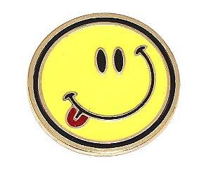 Pin Botton Broche Emoticons Feliz Lingua Pra Fora Folheado