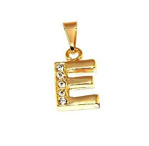 Pingente Inicial Nome Letra E Folheado  Ouro 18k Aprox 1,5cm