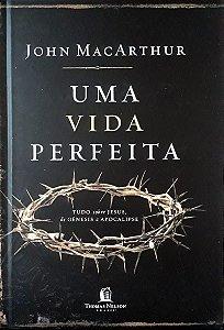 UMA VIDA PERFEITA - CAPA DURA