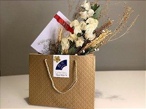 Especial Namorados Voucher Massagem Relaxante 60' com Bouquet de Flores