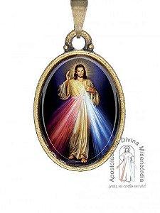 MEDALHA RESINADA OVAL EM METAL OURO ENVELHECIDO - JESUS MISERICORDIOSO