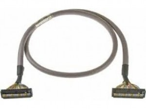 cabo conector entre os modulos e o terminais XW2Z-100B  XW2Z-100B